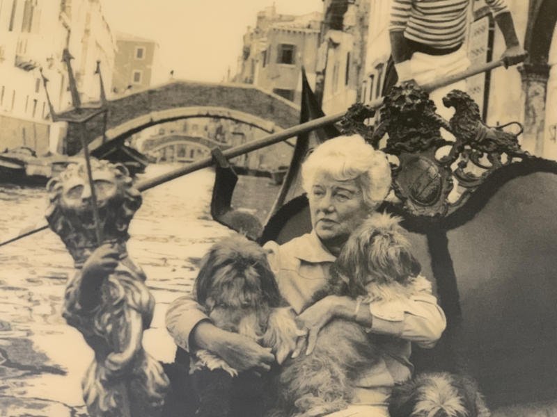 Peggy Guggenheim in Gondola